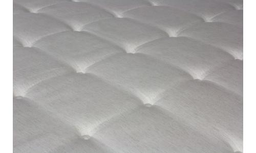 colchón de viscoelástica con látex y muelles ensacados de Eurosomni.