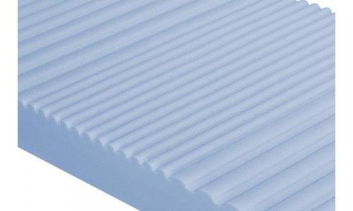 colchón viscoelastico con 9cm de viscoelastica con gel perfilada